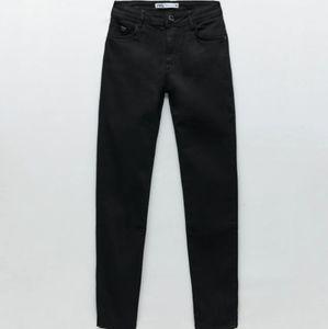 🆕️ Zara Z1975 jeans